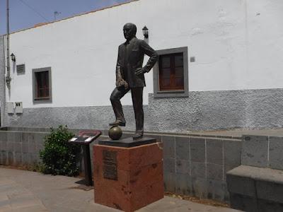 statua firgas