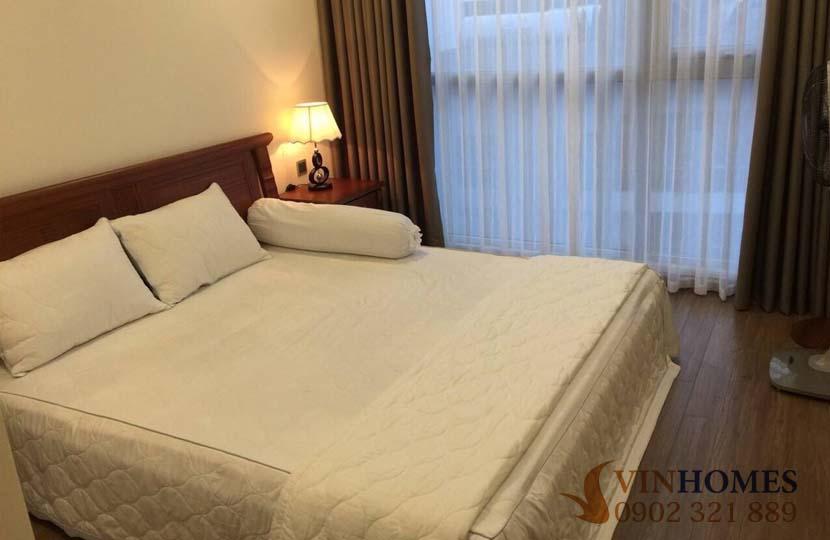 Cho thuê 2 phòng ngủ tầng cao tòa nhà P7 khu Vinhomes Central Park - hinh 2