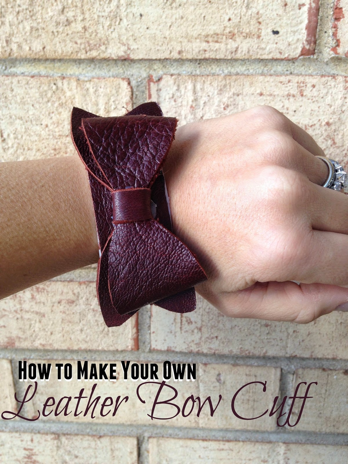Silhouette tutorial, cutting leather, bow leather cuff