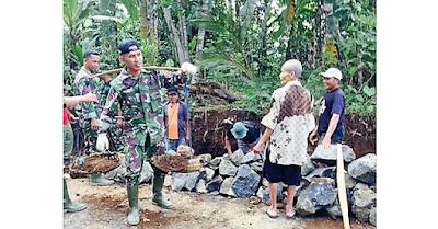 Soal Panggul Beban di Lokasi TMMD, TNI Bukan Soal