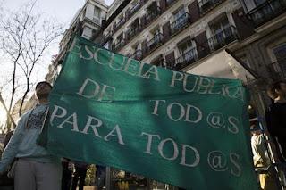Institutos vacíos, calles llenas contra la Lomce y el 3+2