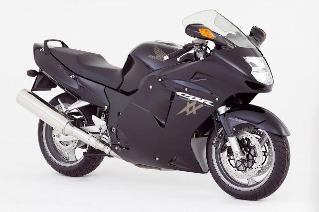 Honda CBR1100XX Blackbird motor tercanggih dan tercepat di dunia
