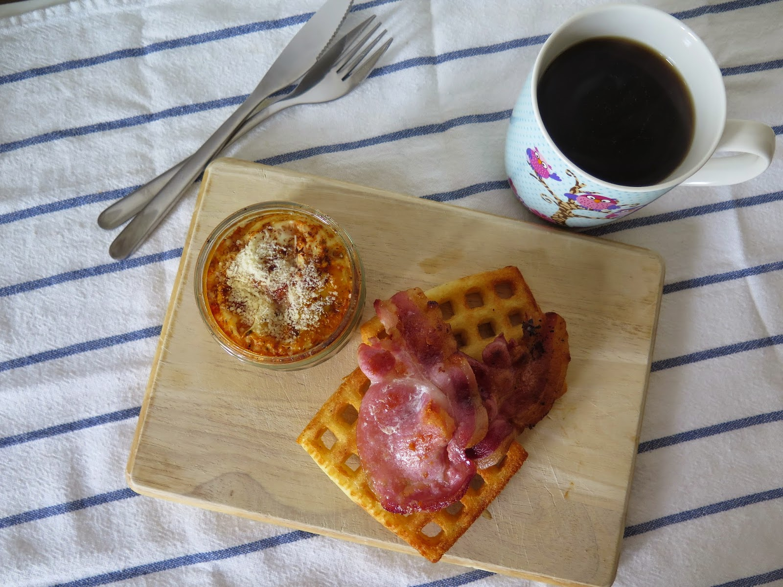brunch ideas, bacon and waffles
