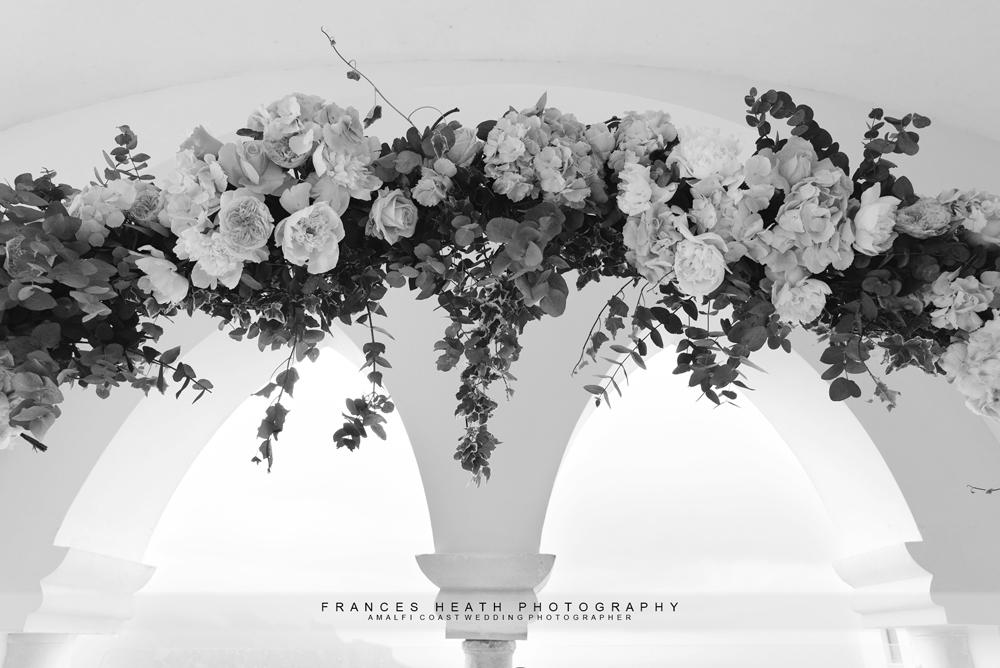 Flower arch Caruso Ravello