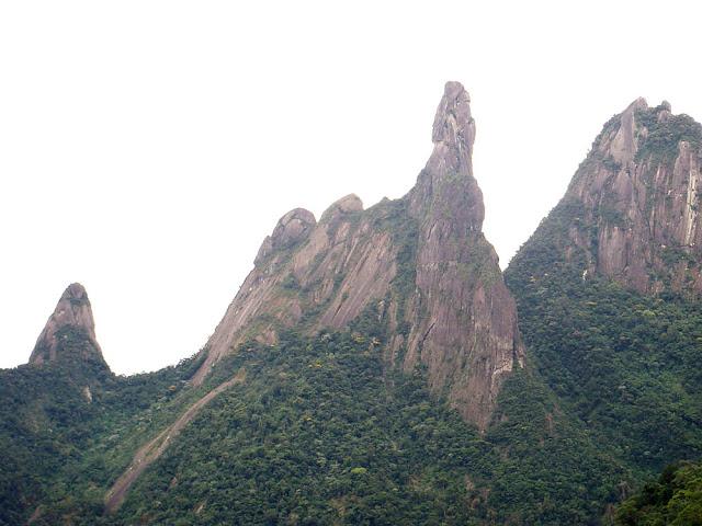 Pico Dedo de Deus – Teresópolis