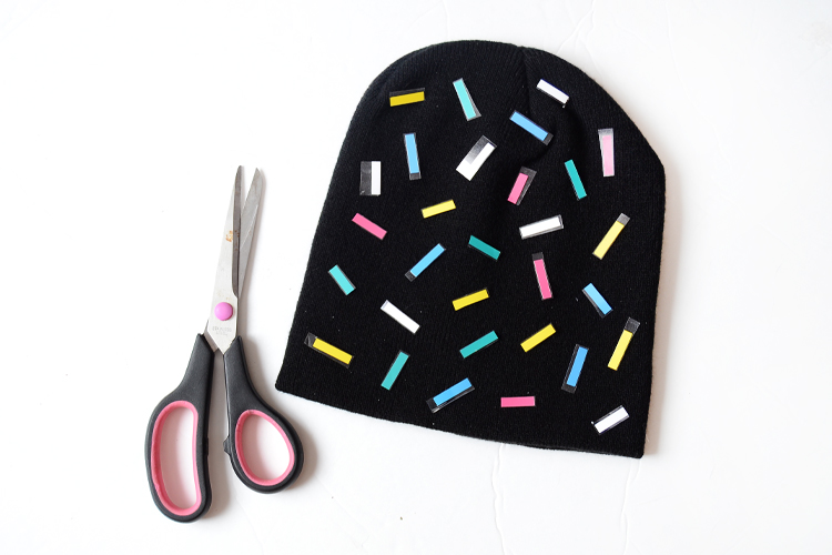 arrange heat transfer scrap on beanie