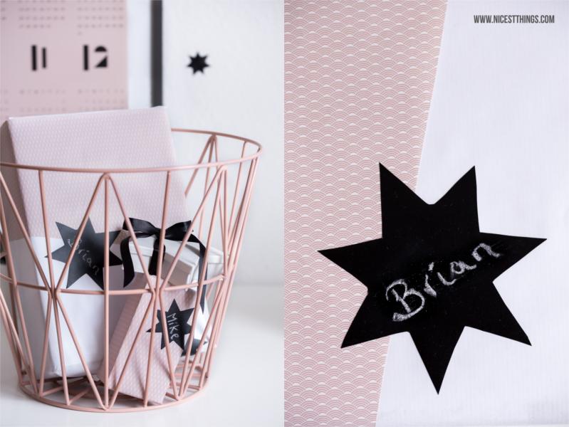 Weihnachtsgeschenke verpacken schlicht schwarz weiß rosa #weihnachtsgeshenke #verpacken #geschenkeverpacken #weihnachten #geschenke #geschenkverpackung #schlicht #xmas #presents
