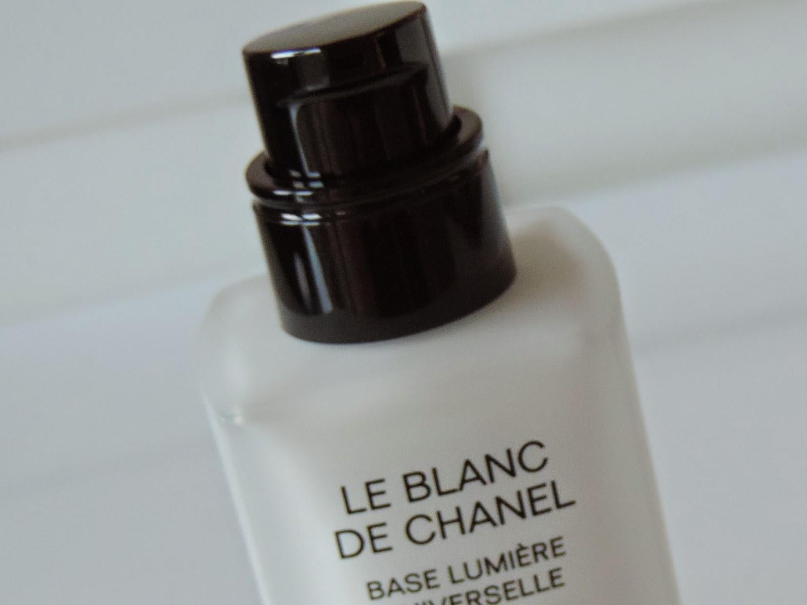 De Multi Use Illuminating Base by Chanel #16