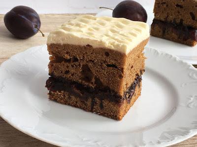 Pyszne ciasto z miodem i kremem