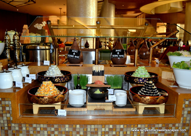 maki and sushi in Liwan Rotana