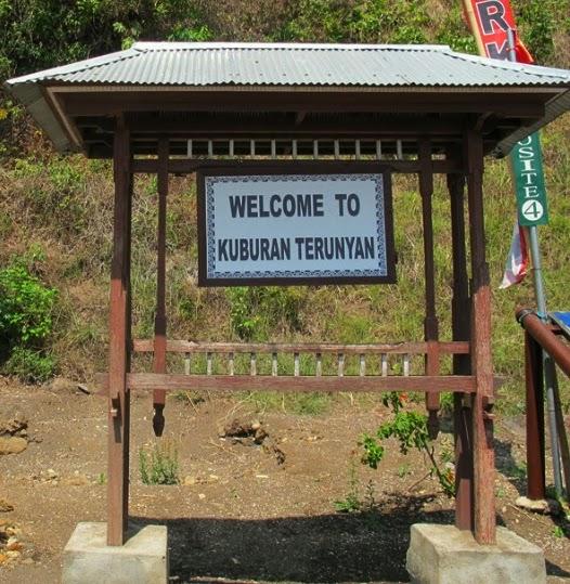Kuburan Trunyan
