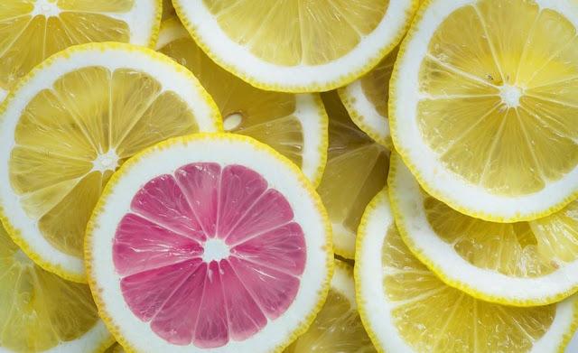 asam pada jeruk