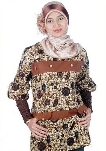Model Baju Batik Atasan Untuk Wanita Muslimah Modern