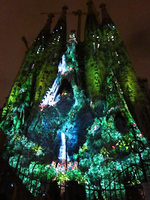Sagrada Familia in Barcelona lit at night