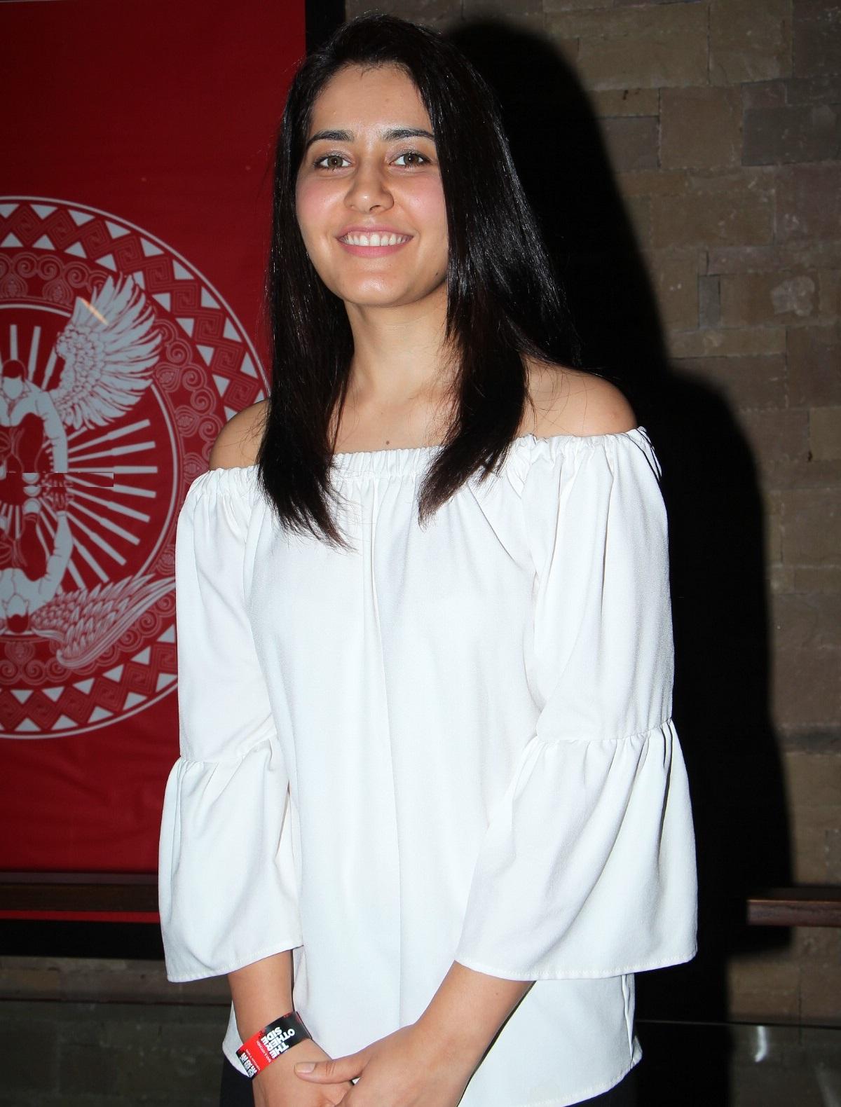 Rashi Khanna Smiling Teeth Stills