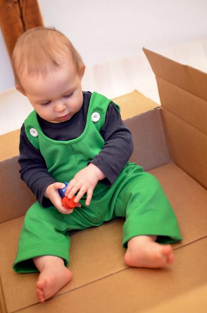 Babyhose aus weichem Stoff, Schnittmuster und e-Book