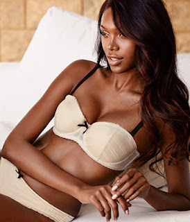 Black girls in lingerie pics