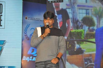 Pawan-Kalyan-Ideology-in-Allu-Arjun-s-DJ-Andhra-Talkies