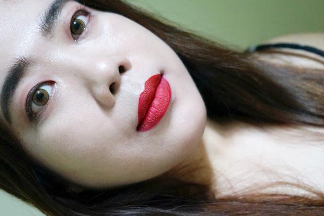 Kat Von D Everlasting Liquid Lipstick in Outlaw