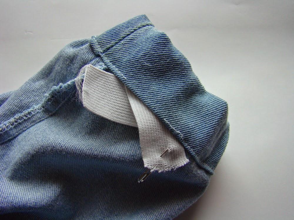 jak przerobić spodnie jeansy wszyć ściągacze nogawki tutorial szycie przeróbki ubrań blog diy