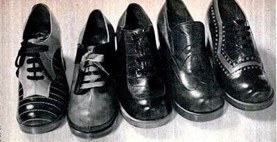 sapatos anos 70. calçados masculinos com bicos arredondados e salto plataforma. de 1973. moda anos 70. década de 70.