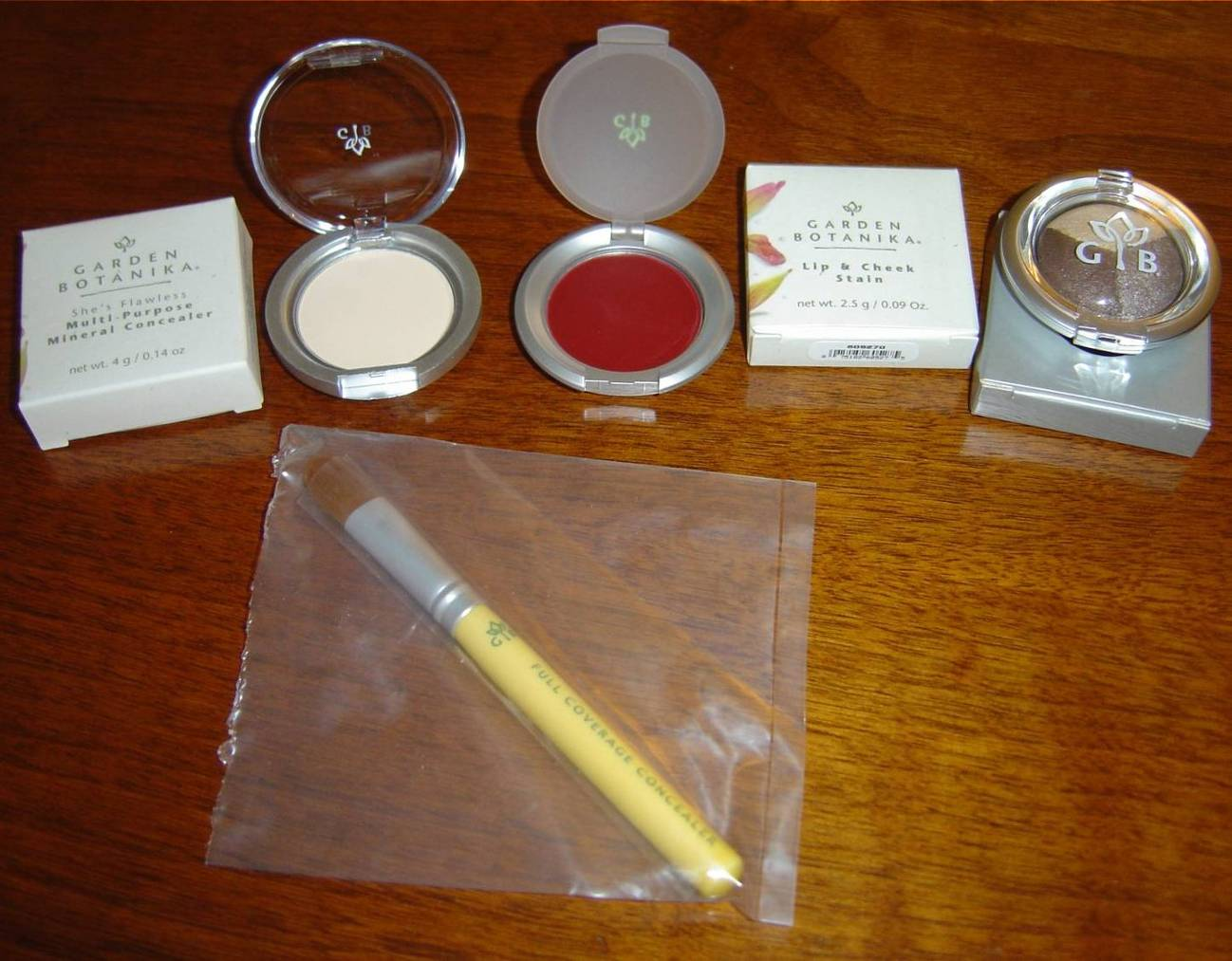 Garden Botanika Mineral Makeup concealer, concealer brush, lip & cheek stain and mineral eyeshadows.jpeg