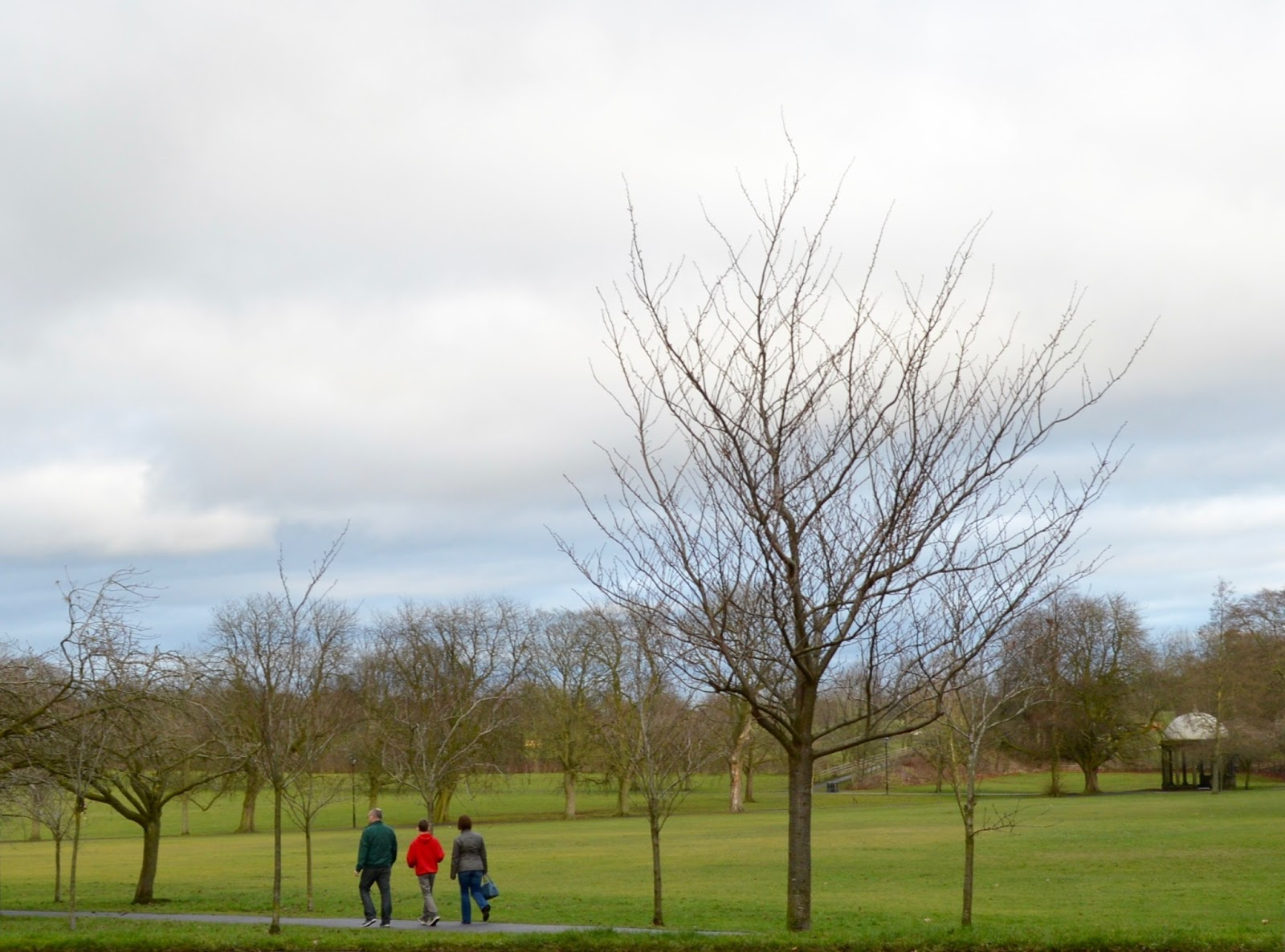 48 Hours in Harrogate with Kids | Harrogate Serviced Apartments Review - West Stray park