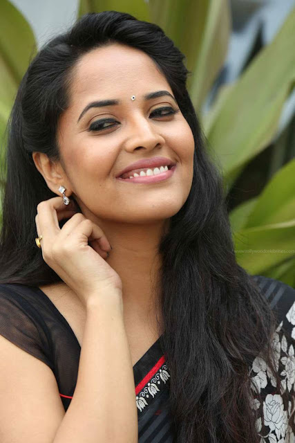 Anasuya Comments About Item Songs