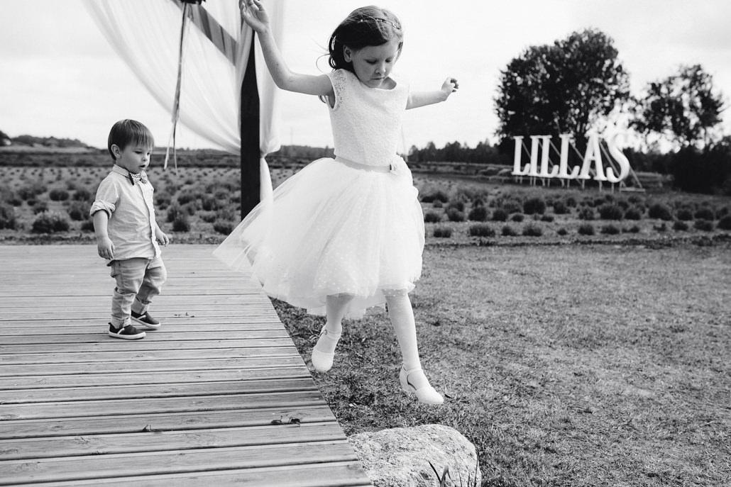 bērnu izklaides un aktivitātes kāzās