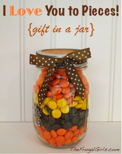 use a mason jar to hold holiday candy