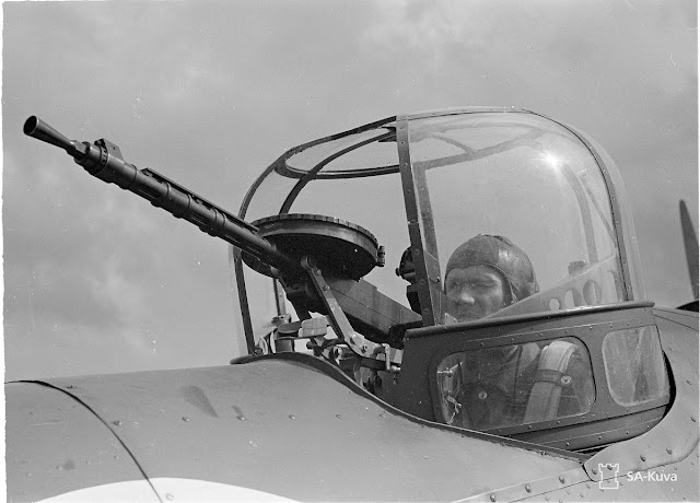 Finnish gunner in Bristol Blenheim, 31 July 1941 worldwartwo.filminspector.com