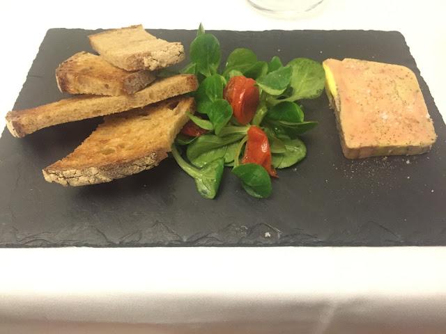 Foie gras mi-cuit du mois, L'Auberge de la Passerelle, Saint-Cloud, France