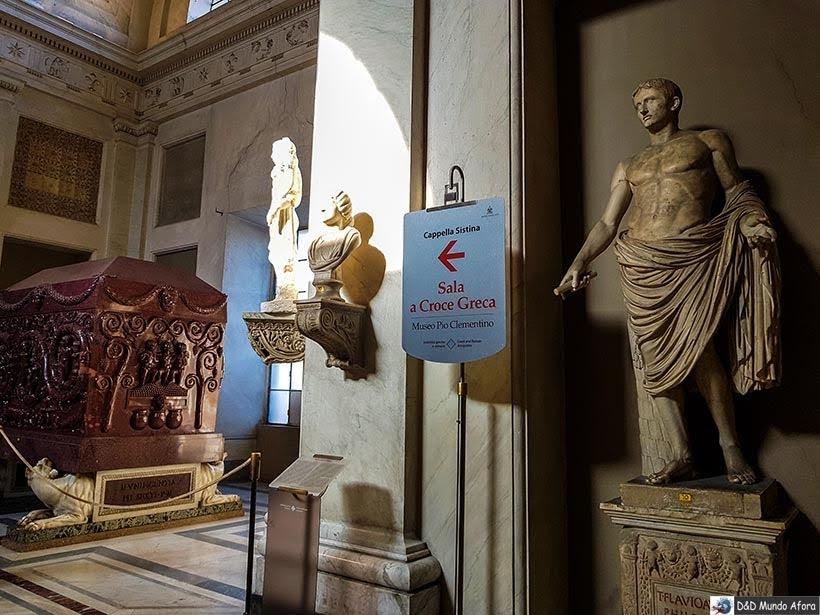 Placa indicando a direção para Capela Sistina - Diário de Bordo: 3 dias em Roma