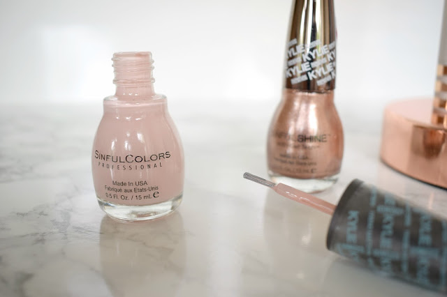 Kylie Jenner x Sinful Colors Kreme De La Kreme and Taupe Is Chic Review kylie jenner gold nails pink nails nail trends 2016 new release