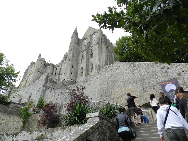 Checking the History through Uber for Visiting Mont St Michel
