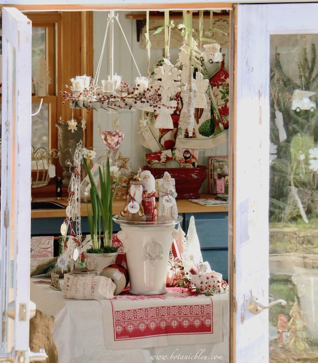 French Country Christmas Event In Backyard Garden Shed