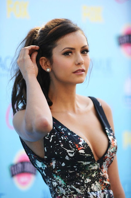 71 Nina Dobrev HD Wallpapers