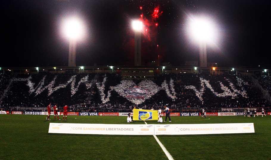 Loucos E Derrotados Ou Um Brinde à Bukowski: Timão Para Sempre: Corinthians Campeão Invicto