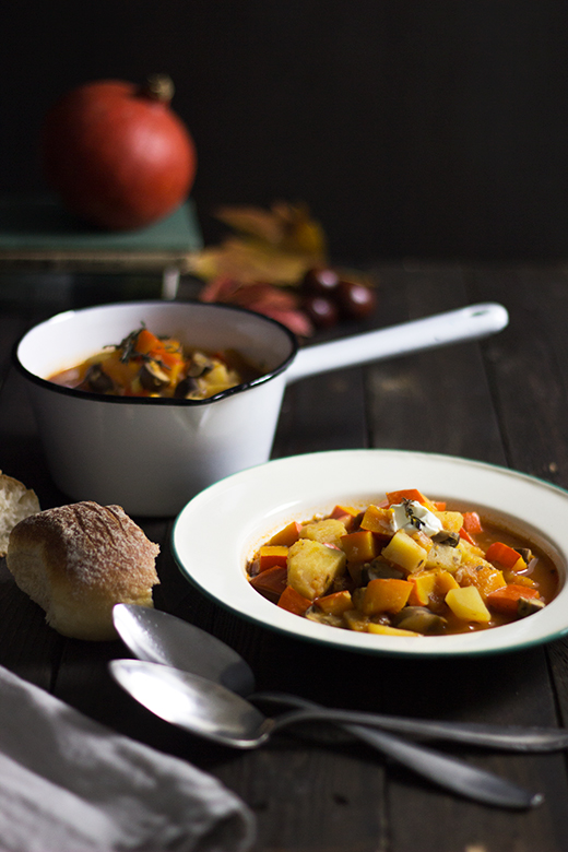 Herbstrezept: Kürbis-Kartoffel-Gulasch. Holunderweg18