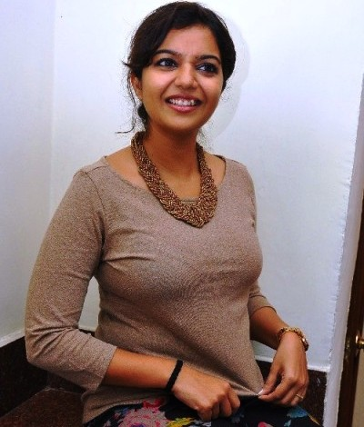 Swathi-reddy-actress-wallpaper1
