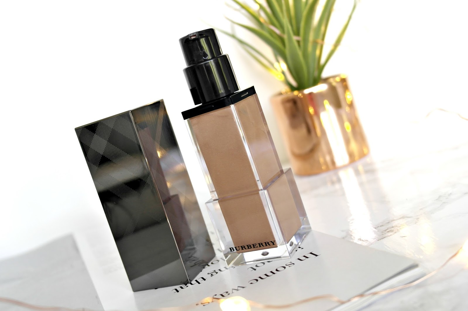 Burberry Fresh Glow Luminous Fluid Base review
