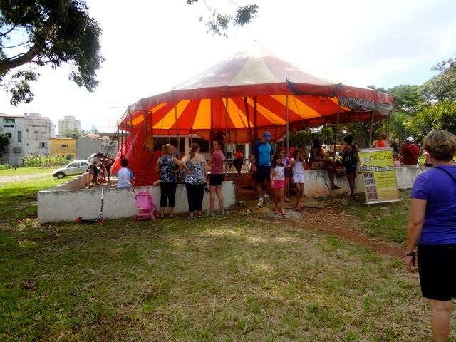 Atividade de circo Parque CERET