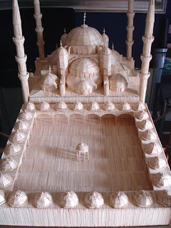 Mezquita con palillos de dientes.