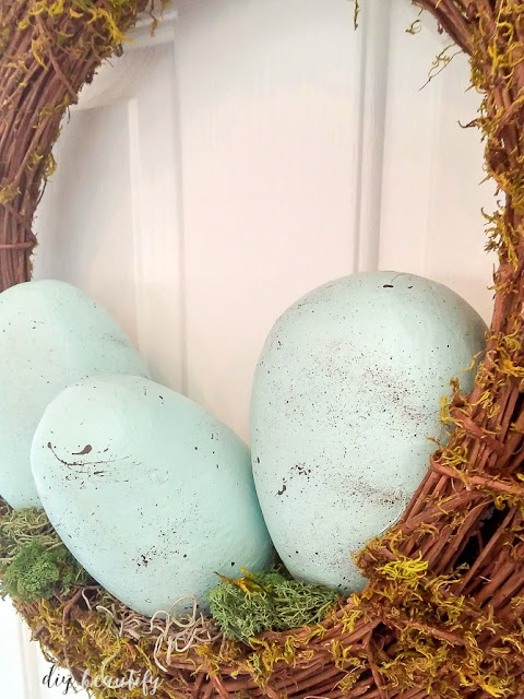 This tutorial shows you how to DIY robin's eggs from simple paper mache eggs. Added to a wreath or a bowl, they add a beautiful punch of color to your Easter decor! Find the tutorial at diy beautify!