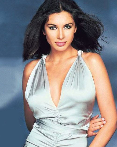 lisa ray actress nude