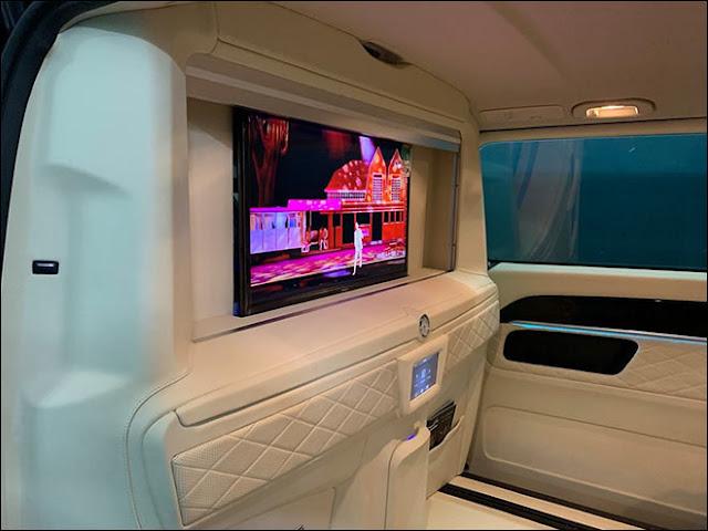 Mercedes V-Class độ nội thất da bò Ý và vách ngăn ông chủ như Rolls-Royce Phantom