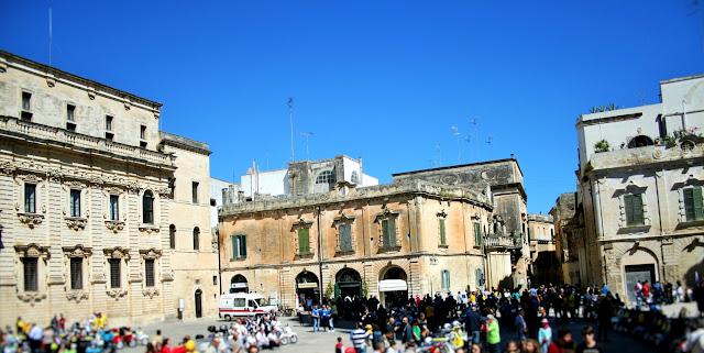 piazza, palazzi, cielo, monumenti
