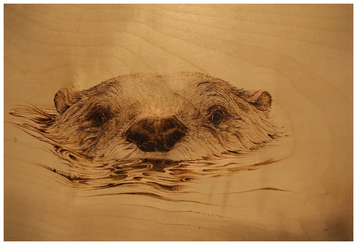 07-The-Otter-Eben-Cavanagh-Rautenbach-LeRoc-Animal-Drawings-using-Pyrography-www-designstack-co
