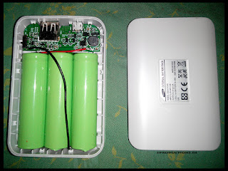 Batteries inside Samsung 9000mah power bank