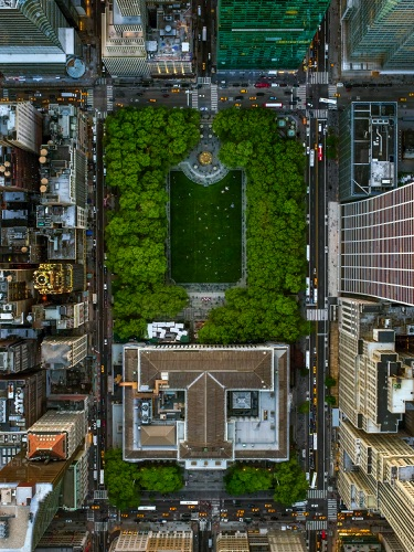 by Jeffrey Milstein - NYC Bryant Park | chidas fotos cool stuff - aerial vision of NYC